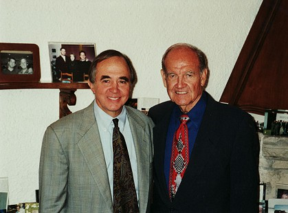 David Lambert (left) and Senator George McGovern; Rome, Italy, 2001 © Pryor Center for Arkansas Oral and Visual History, University of Arkansas