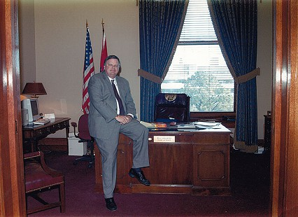 Bill Lancaster, chief of staff of the state senate, in his office in the Arkansas State Capitol building; Little Rock, Arkansas, 2003 © Pryor Center for Arkansas Oral and Visual History, University of Arkansas