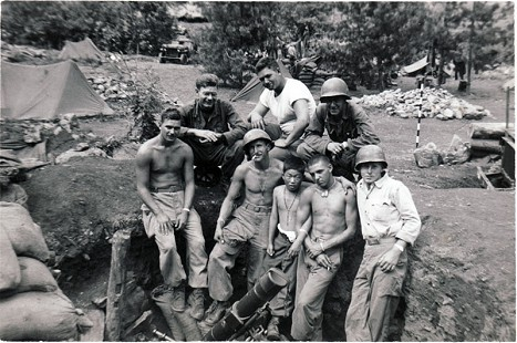 Delbert Lee (2nd from left) with US Army friends, Korea, ca. 1951 © Pryor Center for Arkansas Oral and Visual History, University of Arkansas