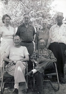 Delbert Lee's mother and her siblings: (back row) Flora Meeks Lee, Charlie Meeks, unknown, Braxton Meeks; (front row) Hollis Meeks, Ray Meeks © Pryor Center for Arkansas Oral and Visual History, University of Arkansas