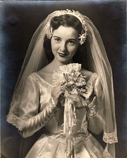 Dorothy Walters Massanelli, portrait in wedding gown, 1954 © Pryor Center for Arkansas Oral and Visual History, University of Arkansas