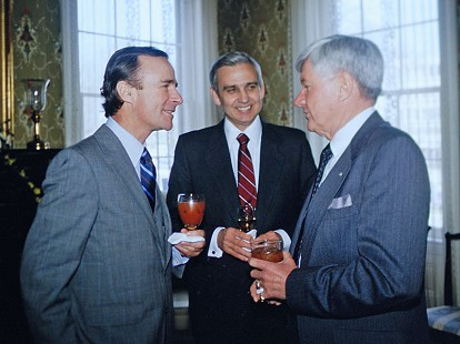 Jerry Maulden (center)  © Pryor Center for Arkansas Oral and Visual History, University of Arkansas