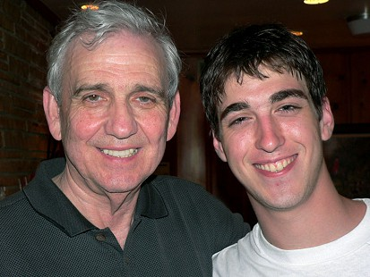 Jerry Maulden with his son, Robert © Pryor Center for Arkansas Oral and Visual History, University of Arkansas