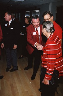 Tommy May greeting Helen Walton © Pryor Center for Arkansas Oral and Visual History, University of Arkansas