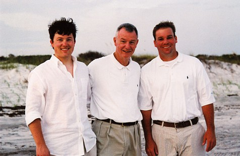 Tommy May with his sons © Pryor Center for Arkansas Oral and Visual History, University of Arkansas