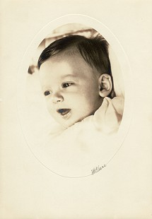 Hayden McIlroy, baby portrait © Pryor Center for Arkansas Oral and Visual History, University of Arkansas