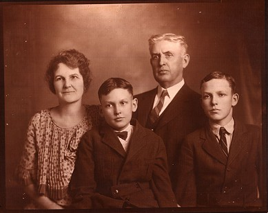Monroe family photo: Alice Couch Monroe, Sanford Monroe, Thomas Archimedes Monroe, and Archie Monroe; Magnolia, Arkansas, 1923 © Pryor Center for Arkansas Oral and Visual History, University of Arkansas