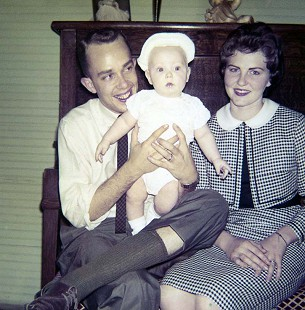 "Dale and Patsy Nicholson with their son, Lawrence Dale ""Nick"" Nicholson Jr., 1961 © Pryor Center for Arkansas Oral and Visual History, University of Arkansas"