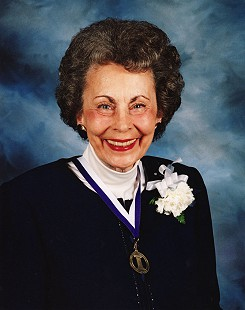 Peggy Parks, honoree of the Fayetteville High School Hall of Fame banquet, 2003 © Pryor Center for Arkansas Oral and Visual History, University of Arkansas