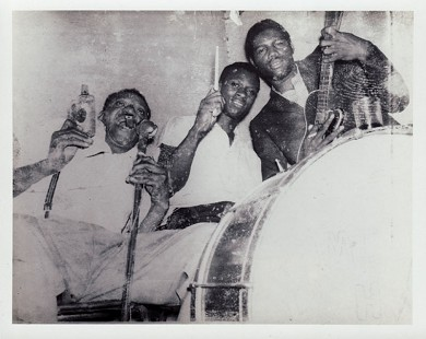 King Biscuit Entertainers: Sonny Boy Williamson, Sam Carr, Frank Frost © Pryor Center for Arkansas Oral and Visual History, University of Arkansas