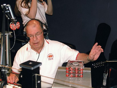 Sonny Payne broadcasting from the KFFA studio in the Delta Cultural Center, 2002 © Photo by Bob Vorel
