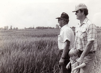 Three generations of the Reed family, Eldon, Nathan, and Stanley Reed; Marianna, Arkansas, ca. 1985 © Pryor Center for Arkansas Oral and Visual History, University of Arkansas