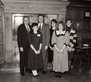 Stanley Reed's daughter, Haley Reed (back row, 2nd from right), with Robert McGinnis and Bill Clinton © Pryor Center for Arkansas Oral and Visual History, University of Arkansas