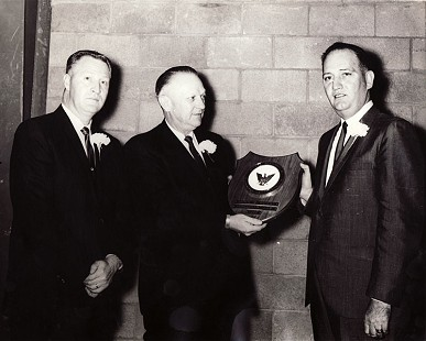 Doyle Rogers receiving a Citizen of the Year plaque, Batesville Rotary Club, 1965 © Pryor Center for Arkansas Oral and Visual History, University of Arkansas