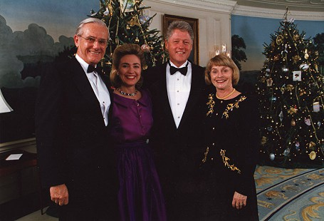 Charles Scharlau, Hillary Clinton, Bill Clinton, and Clydene Scharlau at the White House, December 17, 1994 © Pryor Center for Arkansas Oral and Visual History, University of Arkansas