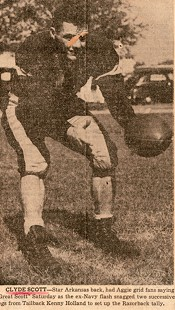 Clyde Scott pictured in a newspaper article about the Arkansas-Texas A&M football game, 1946 © Pryor Center for Arkansas Oral and Visual History, University of Arkansas