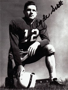 Autographed publicity photo of Clyde Scott as a Razorback football player © Pryor Center for Arkansas Oral and Visual History, University of Arkansas