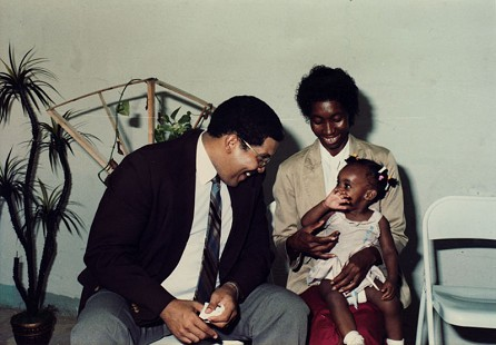 Beatrice Clark Shelby with her daughter, LaPearl Shelby, and Clarence Wright, field office director of Save the Children © Pryor Center for Arkansas Oral and Visual History, University of Arkansas