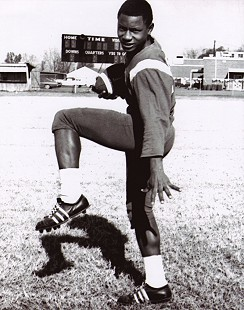 High school football photo of Rodney Slater © Pryor Center for Arkansas Oral and Visual History, University of Arkansas