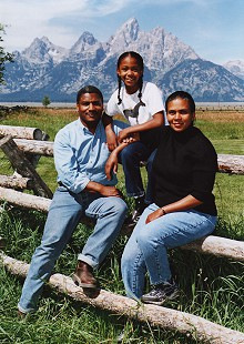 Rodney Slater with his wife, Cassandra, and their daughter in the mountains © Pryor Center for Arkansas Oral and Visual History, University of Arkansas