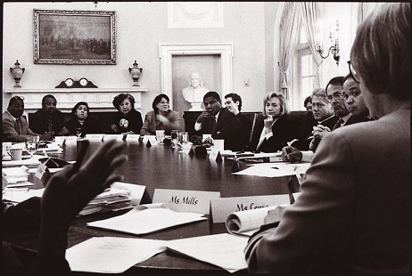 Rodney Slater at a Cabinet meeting with President Bill Clinton © Pryor Center for Arkansas Oral and Visual History, University of Arkansas