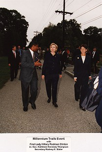 Rodney Slater with First Lady Hillary Rodham Clinton and Maryland Lieutenant Governor Kathleen Kennedy Townsend at the Millennium Trails Event, 1998 © Pryor Center for Arkansas Oral and Visual History, University of Arkansas