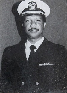 Carolyn Smith-Williams's husband, Rogia Eugene Williams, in US Navy uniform © Pryor Center for Arkansas Oral and Visual History, University of Arkansas