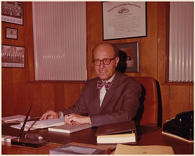 David Solomon in his law office © Pryor Center for Arkansas Oral and Visual History, University of Arkansas