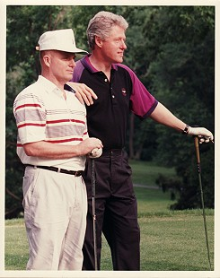 Marty Steele golfing with President Bill Clinton © Pryor Center for Arkansas Oral and Visual History, University of Arkansas