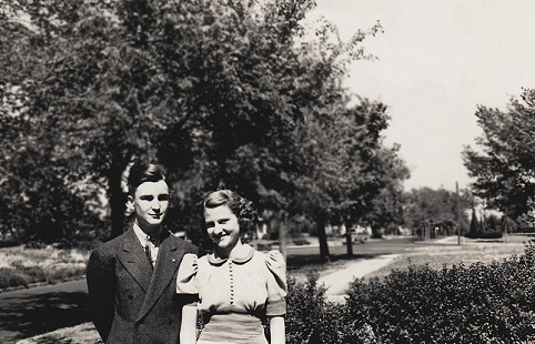Dorothy Davis (Stuck) and John Reiff in Oklahoma City, Oklahoma, 1939 © Pryor Center for Arkansas Oral and Visual History, University of Arkansas
