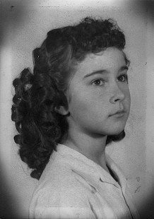 Jean Bussell (Sugg), ca. 5th grade © Pryor Center for Arkansas Oral and Visual History, University of Arkansas