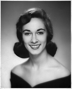 Jean Bussell (Sugg), junior year at the University of Arkansas, portrait was taken for the Commerce Queen Pageant within the School of Business © Pryor Center for Arkansas Oral and Visual History, University of Arkansas