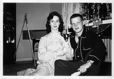 B. Alan and Jean Sugg with their dog, Doagie, Christmas Eve, 1961 © Pryor Center for Arkansas Oral and Visual History, University of Arkansas