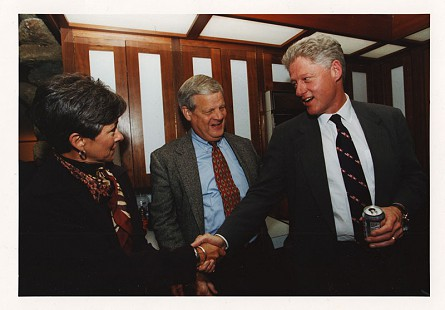 B. Alan and Jean Sugg with President Bill Clinton at the home of Jim Blair, November 6, 1998 © Pryor Center for Arkansas Oral and Visual History, University of Arkansas