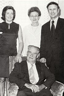 From left to right: Betty Jo (Mann) Thornton, spouse; Wilma Stephens Thornton, mother; Ray Thornton; (seated) Raymond Thornton Sr., father © Pryor Center for Arkansas Oral and Visual History, University of Arkansas