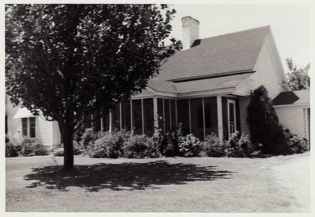 Parker Westbrook's childhood home, Nashville, Arkansas, ca. 1960s © Pryor Center for Arkansas Oral and Visual History, University of Arkansas