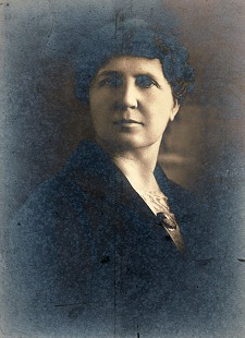 Bud Whetstone's maternal great-grandmother, Emma Jane Nesbitt Dill, wife of G. I. Dill © Pryor Center for Arkansas Oral and Visual History, University of Arkansas