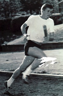Bud Whetstone running at track practice for the Razorback track team © Pryor Center for Arkansas Oral and Visual History, University of Arkansas