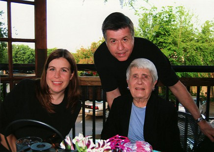 Bud Whetstone with his daughter, Lee, and his mother, Carolyn, at her 89th birthday party, 2008 © Pryor Center for Arkansas Oral and Visual History, University of Arkansas