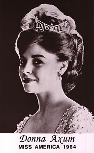 Donna Axum (Whitworth), Miss America 1964 © Pryor Center for Arkansas Oral and Visual History, University of Arkansas