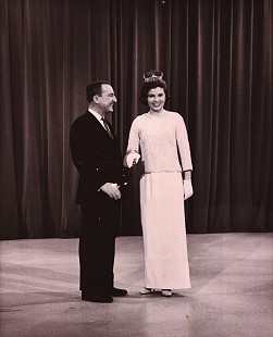 Donna Axum (Whitworth) in an Oldsmobile commercial during <i>The Garry Moore Show</i>; January 3, 1964 © Pryor Center for Arkansas Oral and Visual History, University of Arkansas