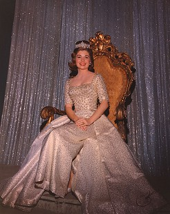 Donna Axum (Whitworth) at the Miss America 1965 pageant, where she relinquished her crown, Atlantic City, New Jersey © Pryor Center for Arkansas Oral and Visual History, University of Arkansas