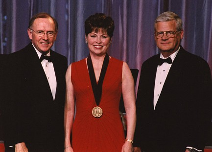 Donna Axum Whitworth with John White (left) and Alan Sugg at the University of Arkansas Towers of Old Main event, 2003 © Pryor Center for Arkansas Oral and Visual History, University of Arkansas