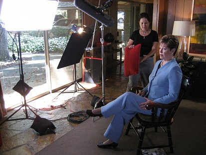 Behind-the-scenes photo from Pryor Center interview with Donna Axum Whitworth at the Sandy Edwards residence; Fayetteville, Arkansas, 2007 © Pryor Center for Arkansas Oral and Visual History, University of Arkansas