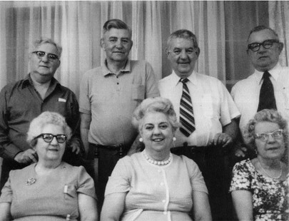 Al Witte's mother (bottom row, left) and her siblings, most of whom Al Witte lived with growing up in his grandparents' home © Pryor Center for Arkansas Oral and Visual History, University of Arkansas