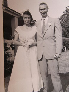 Bill Sutton's sister, Wilma Jean and Bob Pierson on their wedding day; Aurora, Arkansas, 1953 © Pryor Center for Arkansas Oral and Visual History, University of Arkansas